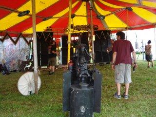 sLoV4k fr33 aRtIstS & p3RfoRm3rS gAtHeRiNg 5-7.8 2011